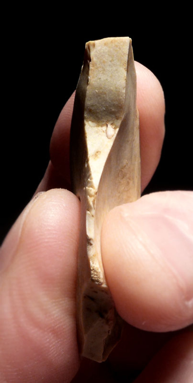 UP026 - RARE UPPER PALEOLITHIC MAGDALENIAN BURIN ART-MAKING TOOL FROM FAMOUS FRENCH CAVE ART SITE