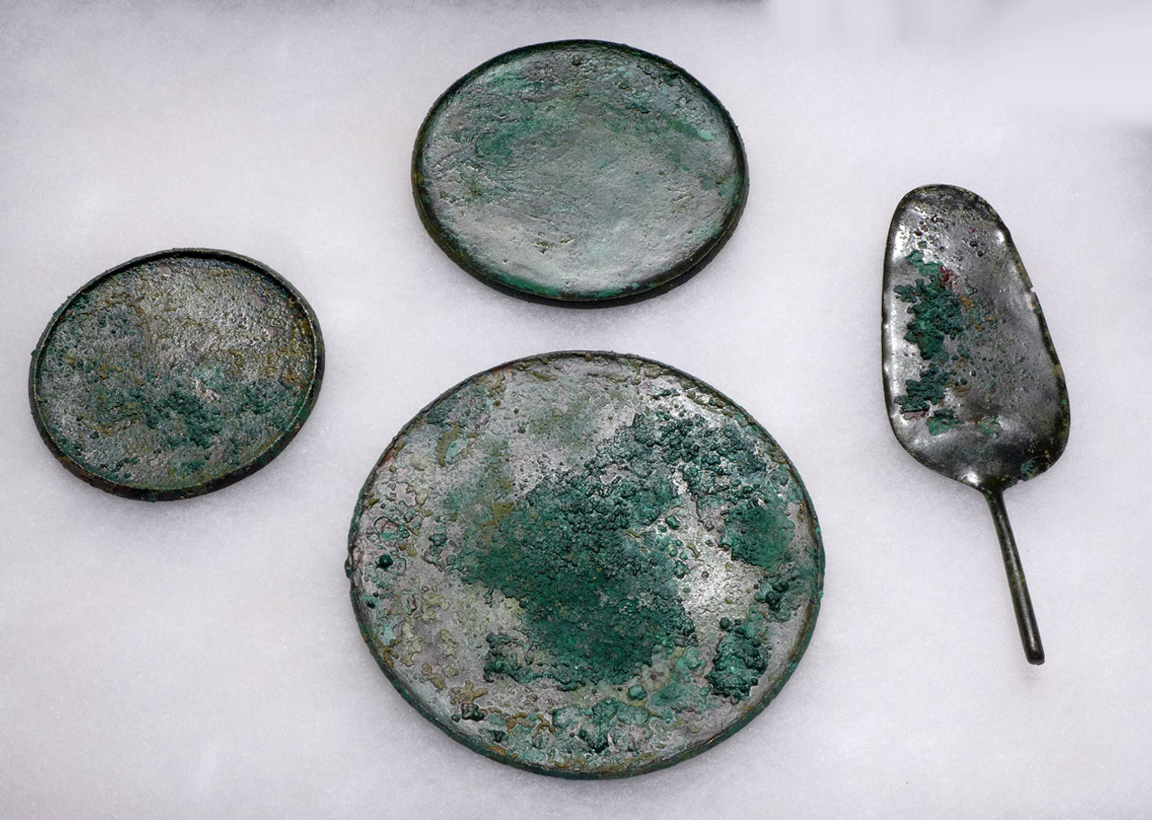 NE166 - RARE ANCIENT BRONZE NEAR EASTERN LURISTAN VOTIVE OFFERING PLATES AND SERVER SET