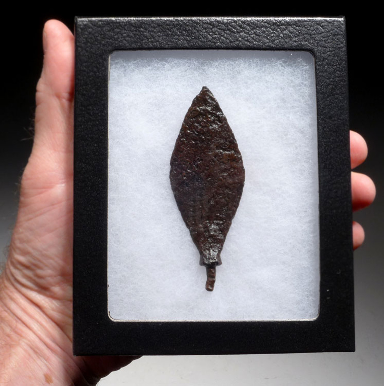 R137 - CHOICE LARGE ROMAN IRON ARROWHEAD FROM THE BYZANTINE ERA