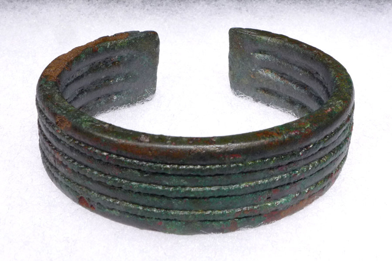 DECORATIVE ANCIENT BRONZE AGE CUFF BANGLE BRACELET FROM THE SOUTHEAST ASIA DONG SON CULTURE *SEA001