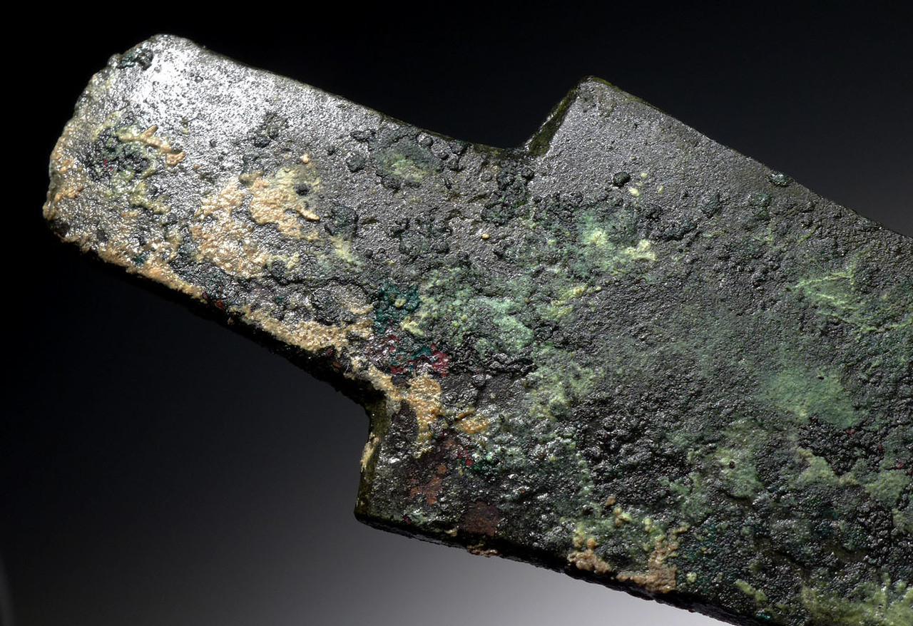 ANCIENT BRONZE SHOULDERED HUB AXE OF THE EARLIEST DESIGN FROM THE NEAR EASTERN LURISTAN CULTURE *NE187
