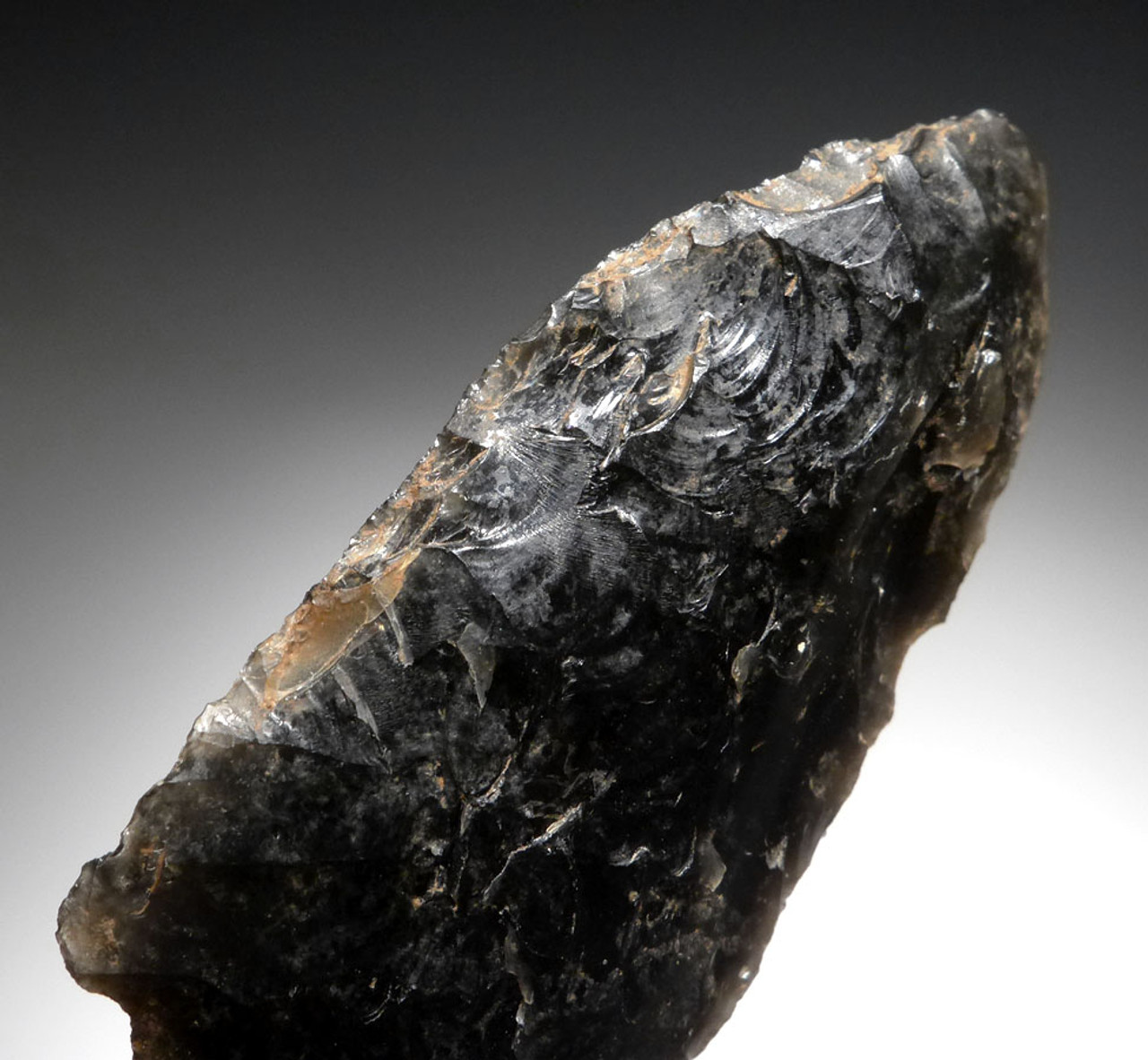 PRE-COLUMBIAN BIFACIAL OBSIDIAN ATLATL HEAD ARROWHEAED WITH FINE FLAKING  FROM THE HEFLIN COLLECTION * PC265