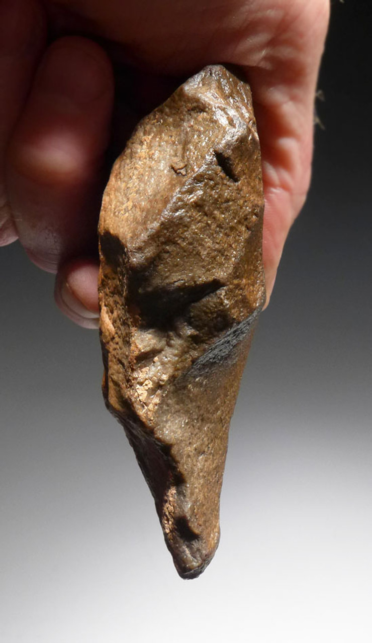 SUPERBLY MADE TRIANGULAR ACHEULIAN HAND AXE FROM HOMO ERGASTER OF THE AFRICAN LOWER PALEOLITHIC PERIOD *ACH261