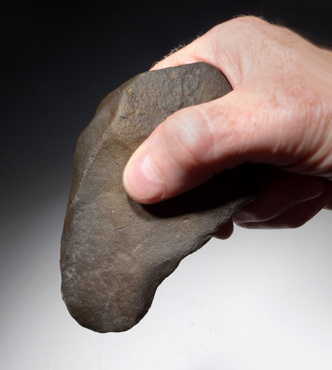 LOWER PALEOLITHIC AFRICAN ACHEULIAN QUARTZITE HAND AXE MADE BY HOMO ERGASTER *ACH268