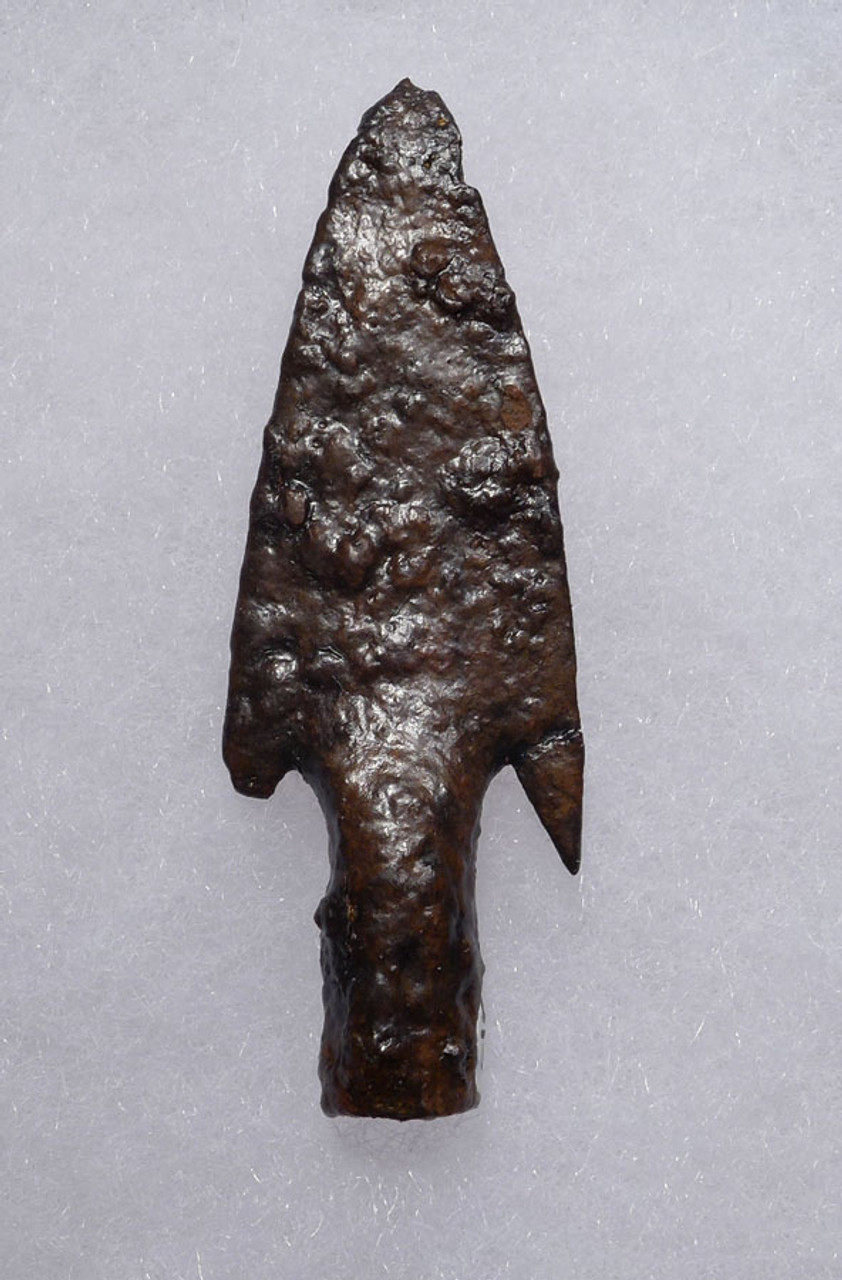 BARBED SOCKETED IRON ARROWHEAD FROM THE BYZANTINE EASTERN ROMAN EMPIRE *R201
