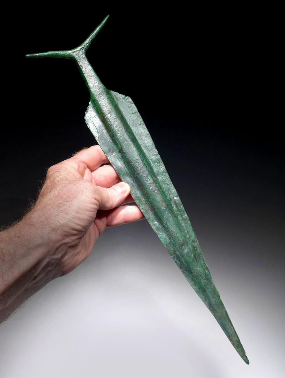 EXTREMELY RARE ANCIENT COPPER ANTENNA SWORD FROM THE HARAPPAN CULTURE OF NORTHERN INDIA *LUR129