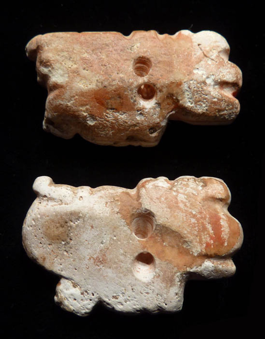ANCIENT PAIR OF LARGE PRE-COLUMBIAN CROUCHING JAGUAR GOD SHELL APPLIQUE BEADS *PC068