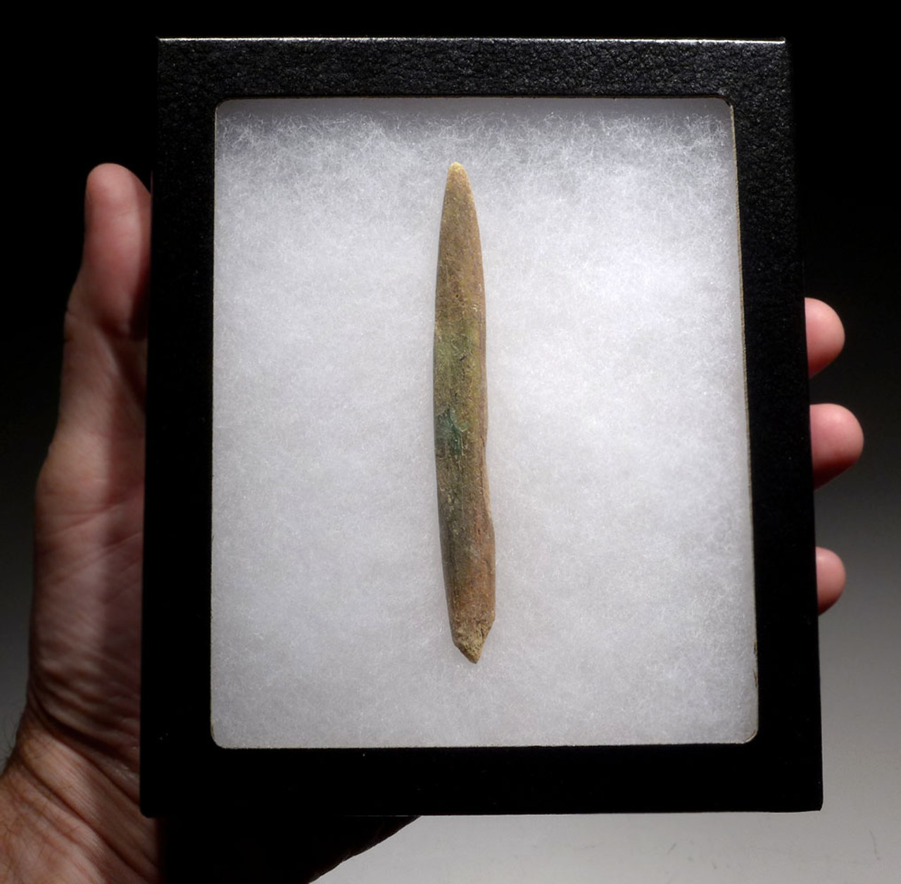 RARE LARGE BONE ARROWHEAD WITH GREEN ANCIENT BRONZE PATINA STAINING FROM THE BRONZE AGE NEAR EASTERN LURISTAN CULTURE *LUR132
