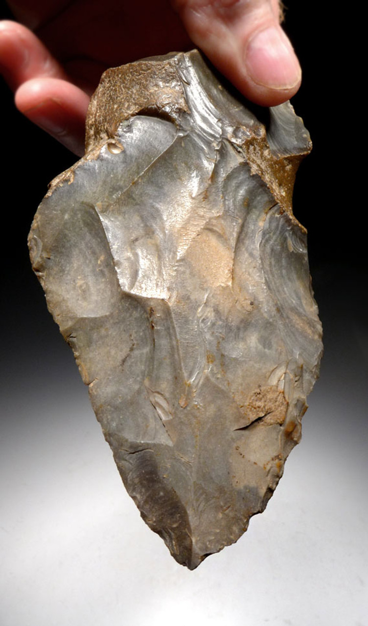 LARGE MUSEUM-CLASS NEANDERTHAL MOUSTERIAN FLINT HANDAXE OF INGENIOUS DESIGN FROM FAMOUS REGION IN FRANCE *M381