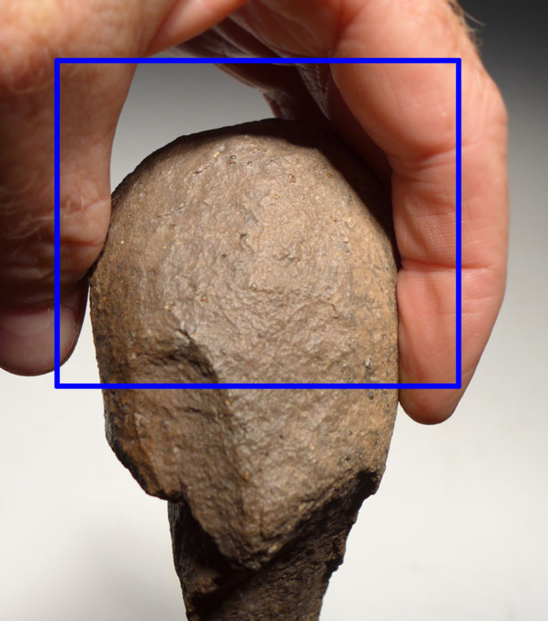 AFRICAN OLDOWAN PEBBLE PROTO AXE WITH POINTED TIP SHOWING EVOLVING TOOL DESIGN *PB125