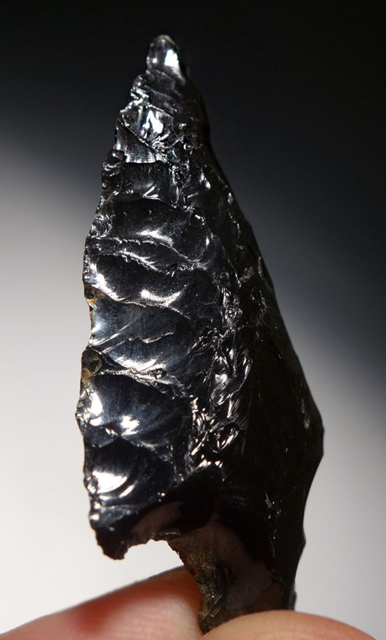 SUPERBLY MADE PRE-COLUMBIAN OBSIDIAN ATLATL HEAD PROJECTILE POINT WITH PROVENANCE *PC242