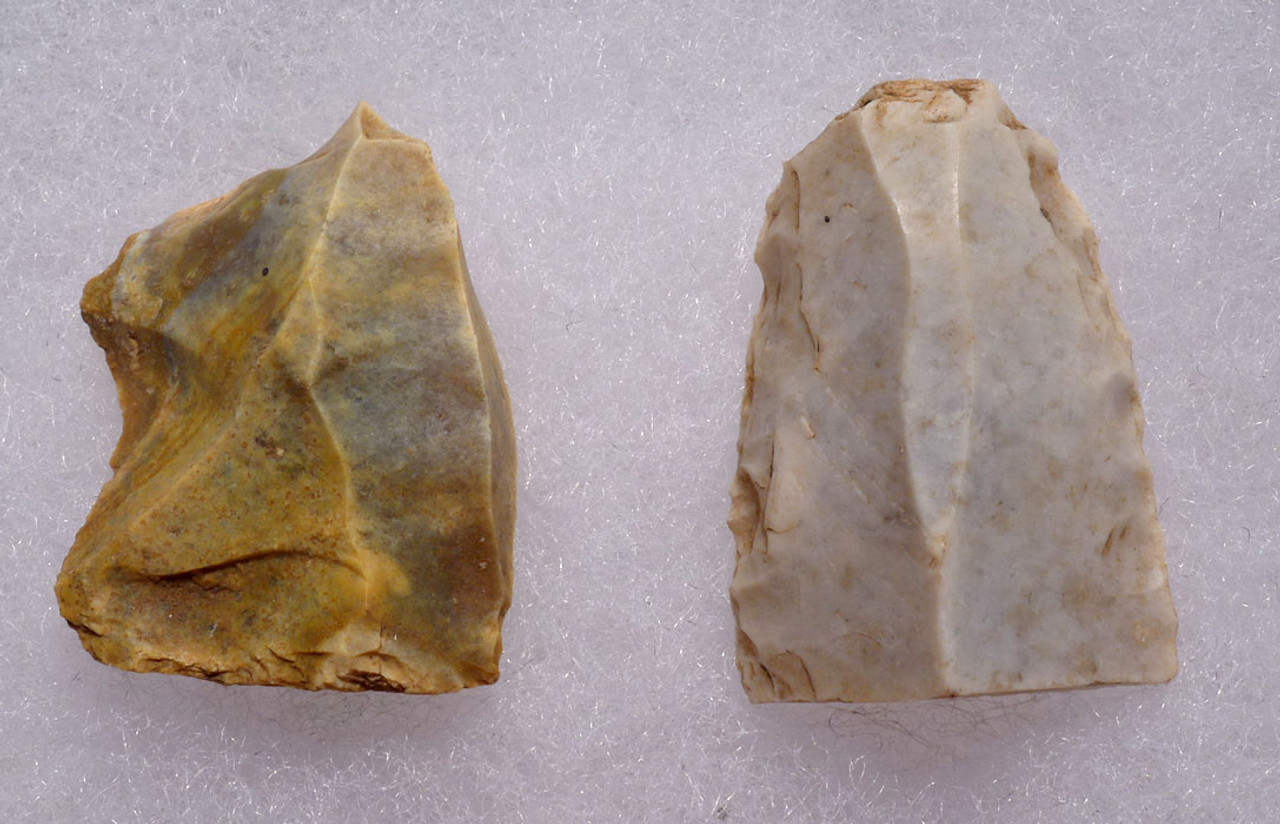 UPPER PALEOLITHIC MAGDALENIAN FLAKE TOOLS FROM FAMOUS PLACARD ART CAVE SITE IN FRANCE *UP022