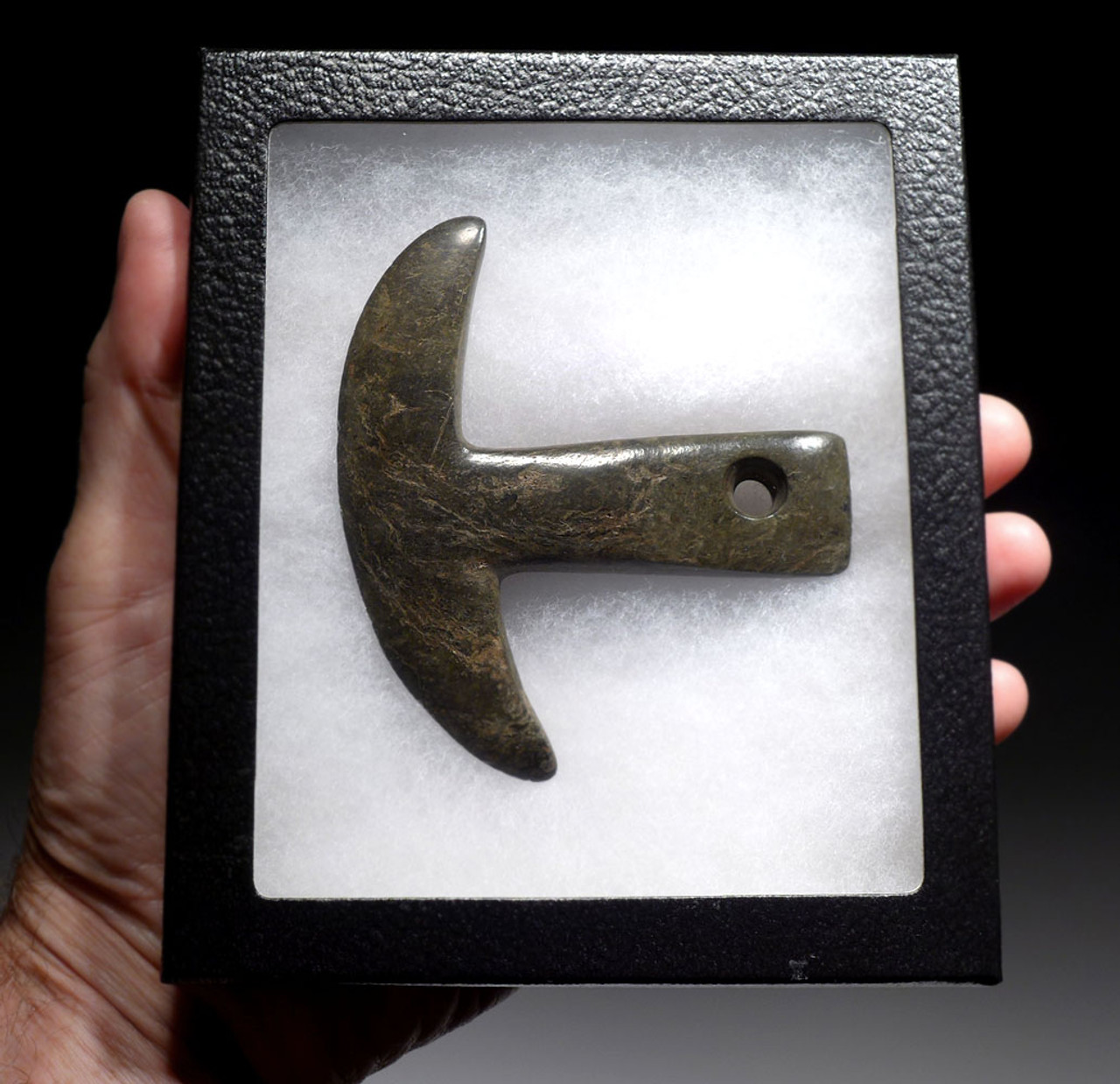EXTREMELY RARE PRE-COLUMBIAN CARVED STONE HALBERD AXE IN DARK GREEN SERPENTINE *PC285