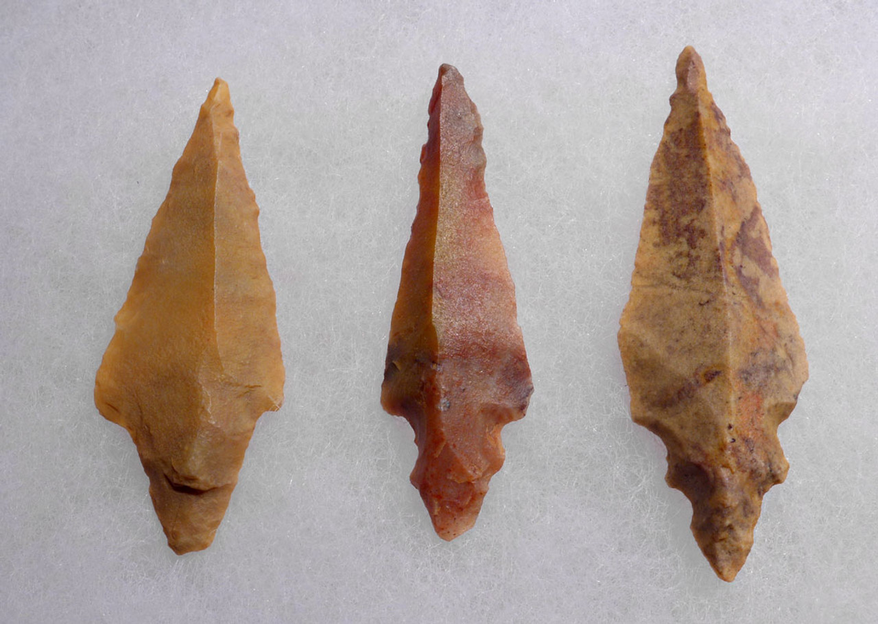 THREE UNIFACIAL AFRICAN CAPSIAN NEOLITHIC ARROWHEADS *CAP209