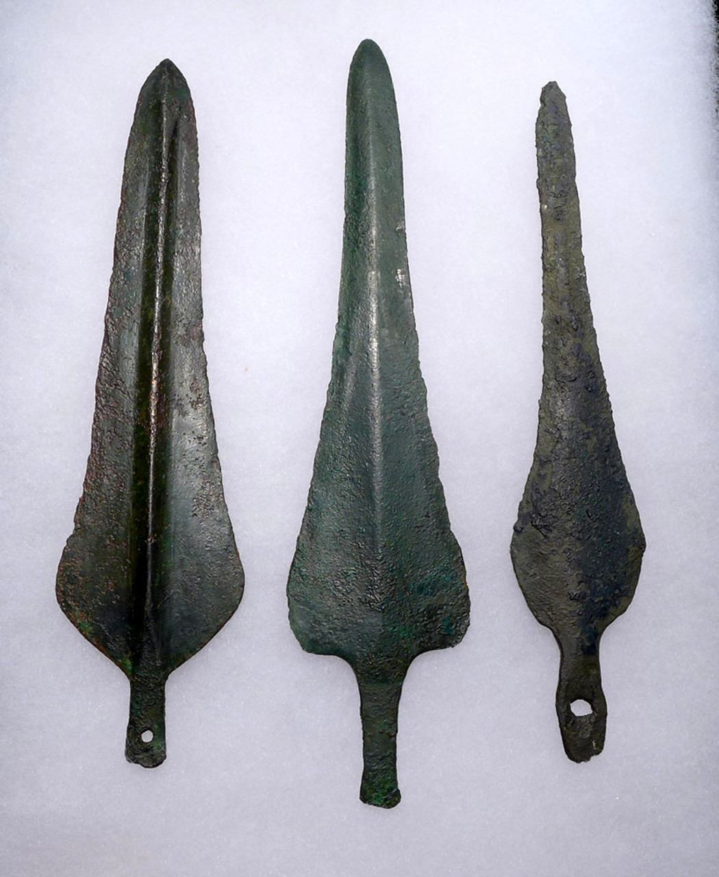 3 ANCIENT LURISTAN DAGGER KNIVES FROM THE NEAR EASTERN BRONZE AGE *LUR110