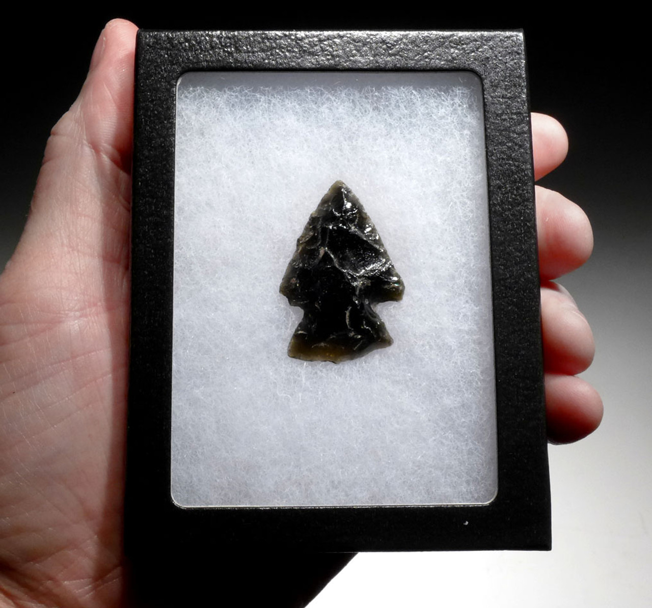 FLARED BASE PRE-COLUMBIAN GREEN OBSIDIAN ATLATL POINT FROM THE HEFLIN COLLECTION * PC293