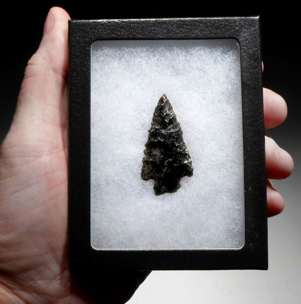 FINEST TRIANGULAR PRE-COLUMBIAN OBSIDIAN ATLATL SPEARHEAD FROM THE HEFLIN COLLECTION * PC289
