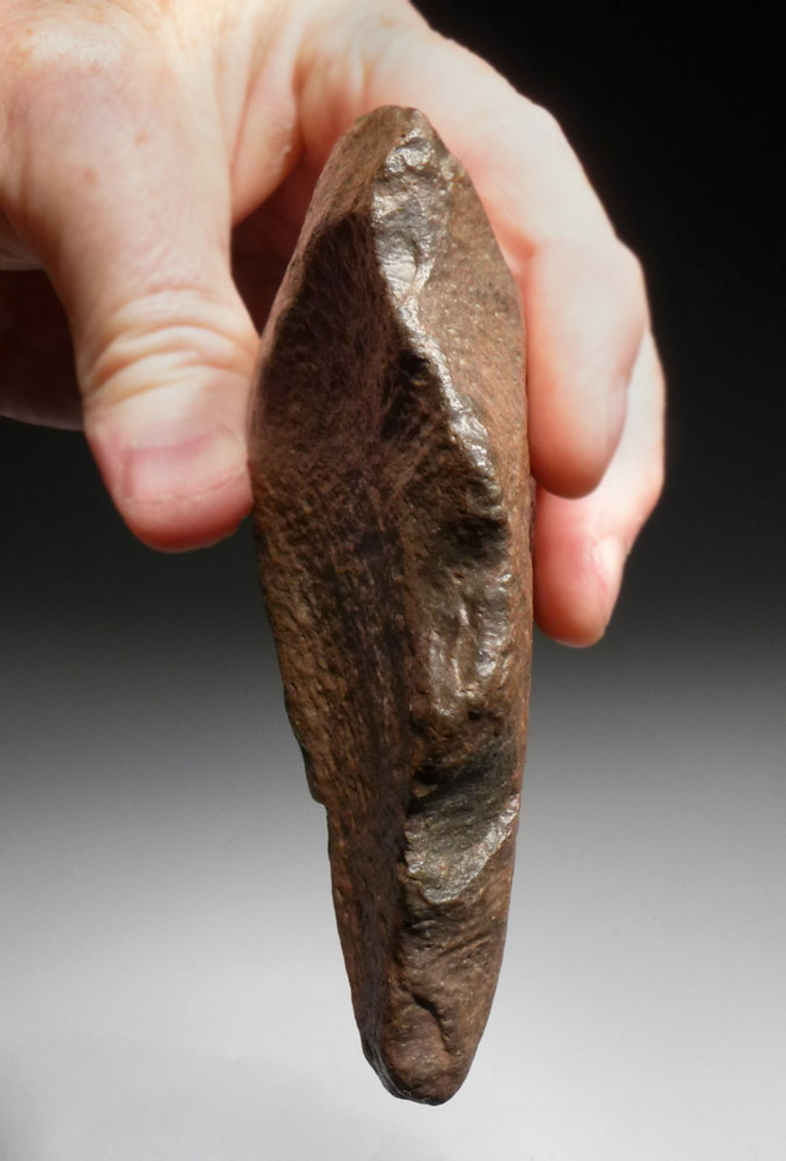 PREHISTORIC AFRICAN TRIANGULAR HAND AXE FROM HOMO ERGASTER OF THE ACHEULEAN PERIOD *ACH283