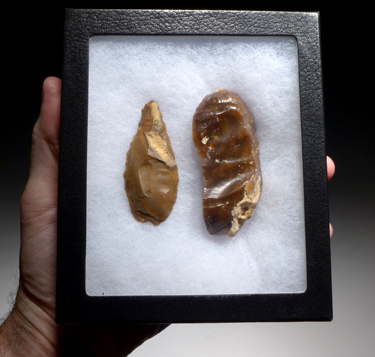 TWO FLINT KNIVES FROM THE AFRICAN CAPSIAN NEOLITHIC *CAP220