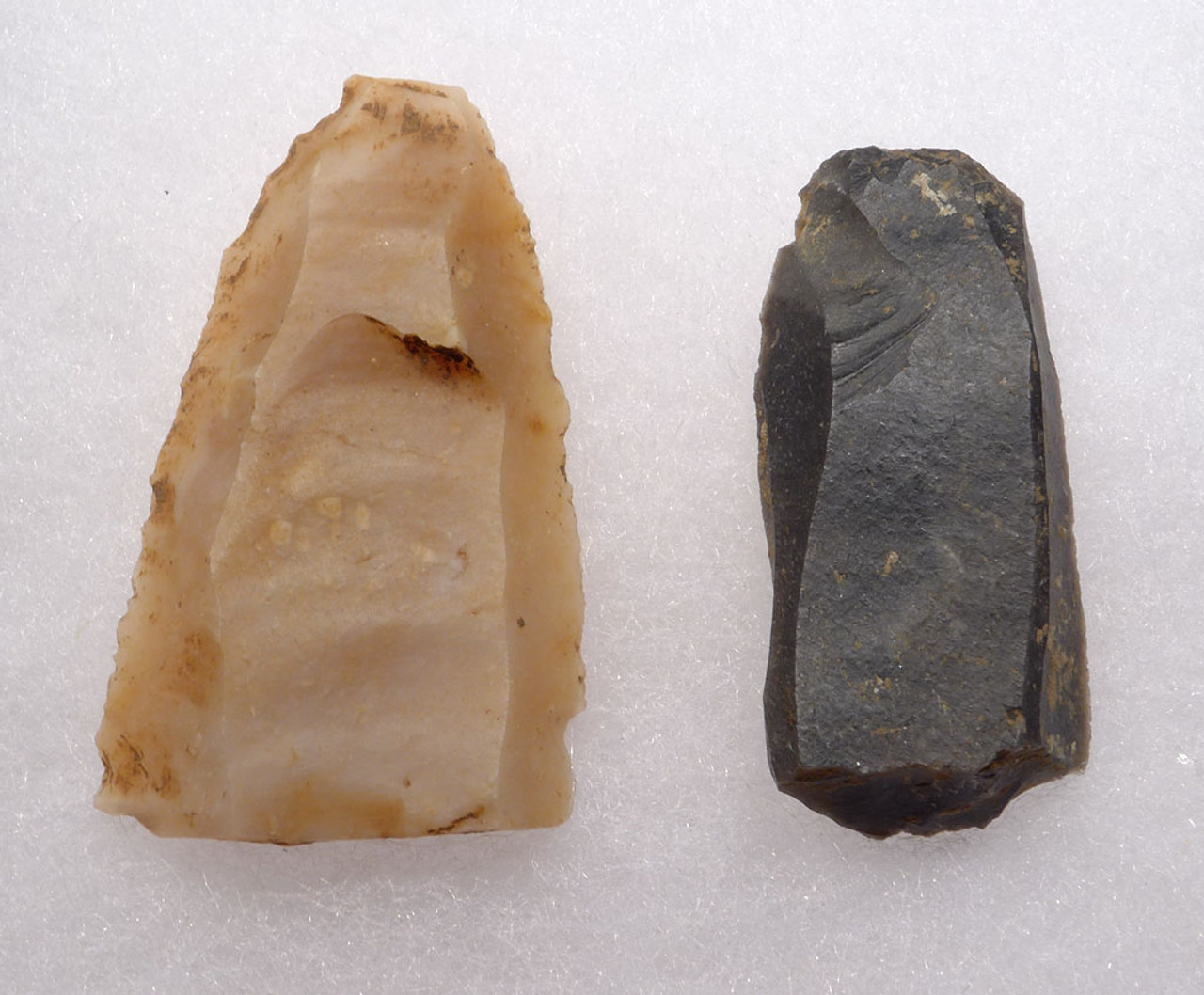 RARE UPPER PALEOLITHIC MAGDALENIAN BLADE TOOLS FROM FAMOUS FRENCH CAVE ART SITE  *UP028