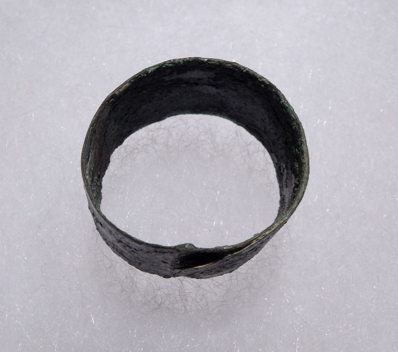 RARE ENGRAVED SHEET BRONZE FINGER RING FROM LURISTAN OF THE ANCIENT NEAR EAST  *LUR151