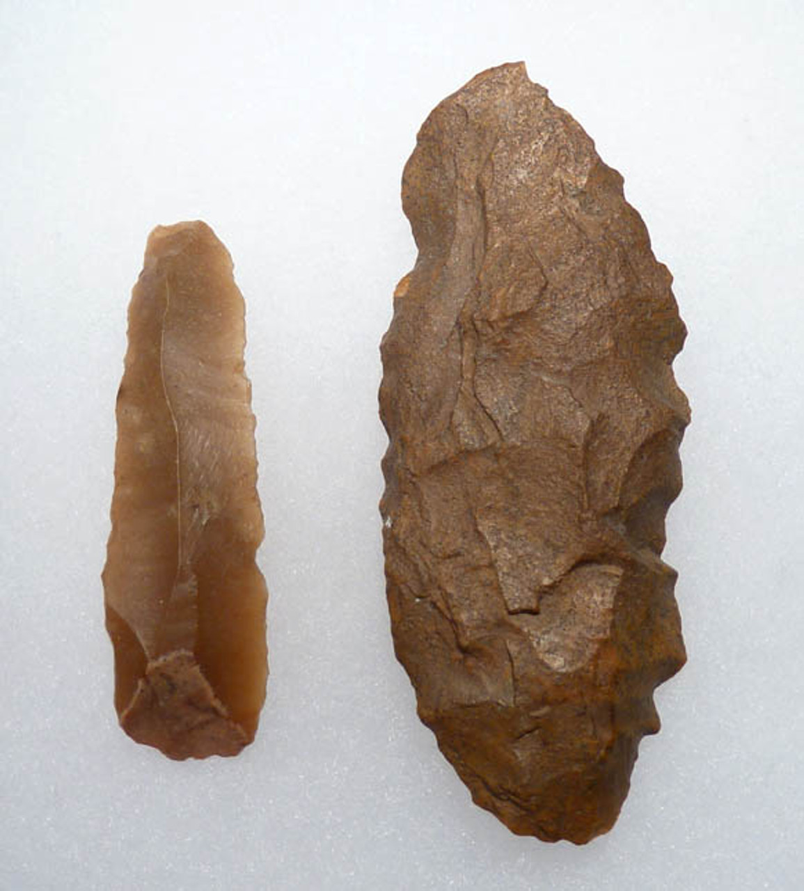 EGYPTIAN PRE-DYNASTIC NEOLITHIC FLINT FLAKED TOOL SET WITH BLADE AND SAW DENTICULATE  *CAP173