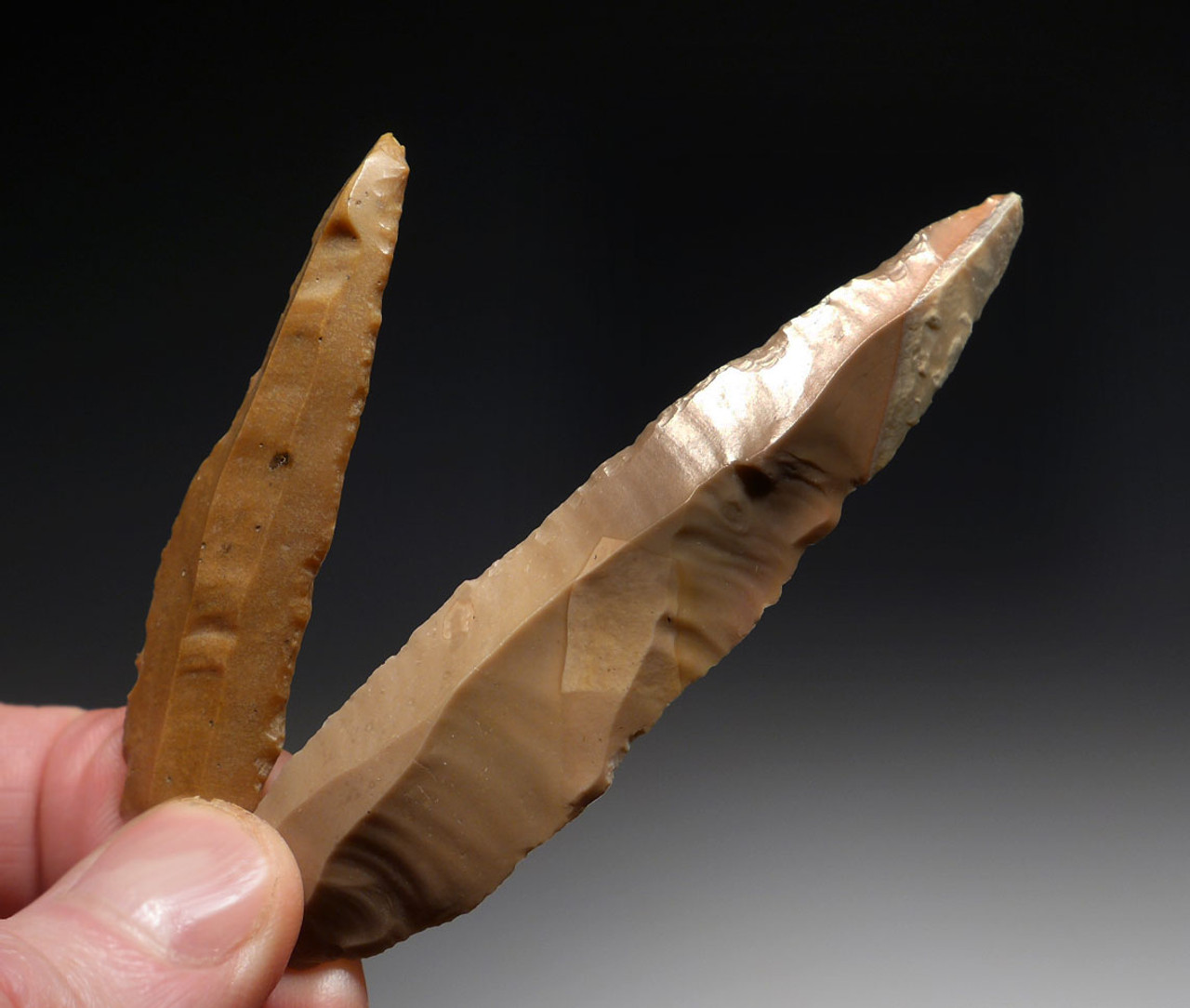 TWO FINEST EGYPTIAN NEOLITHIC PREDYNASTIC FLINT KNIVES  *CAP245