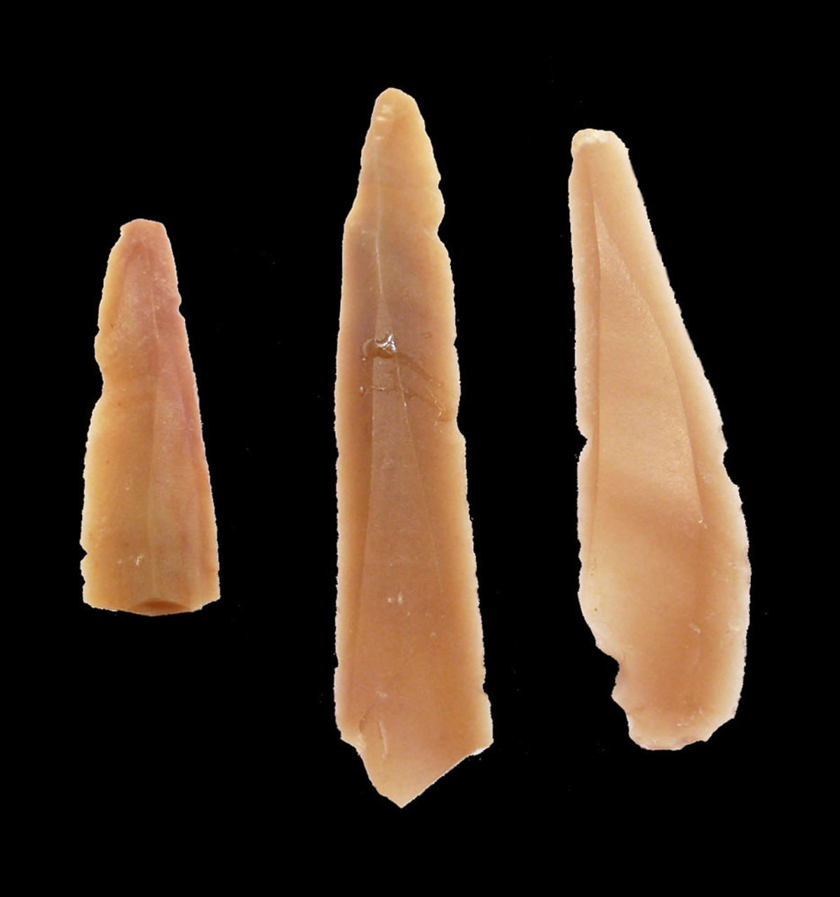 THREE VERY RARE MIDDLE EASTERN NEOLITHIC FLINT MICROBLADES FROM JORDAN  *N182
