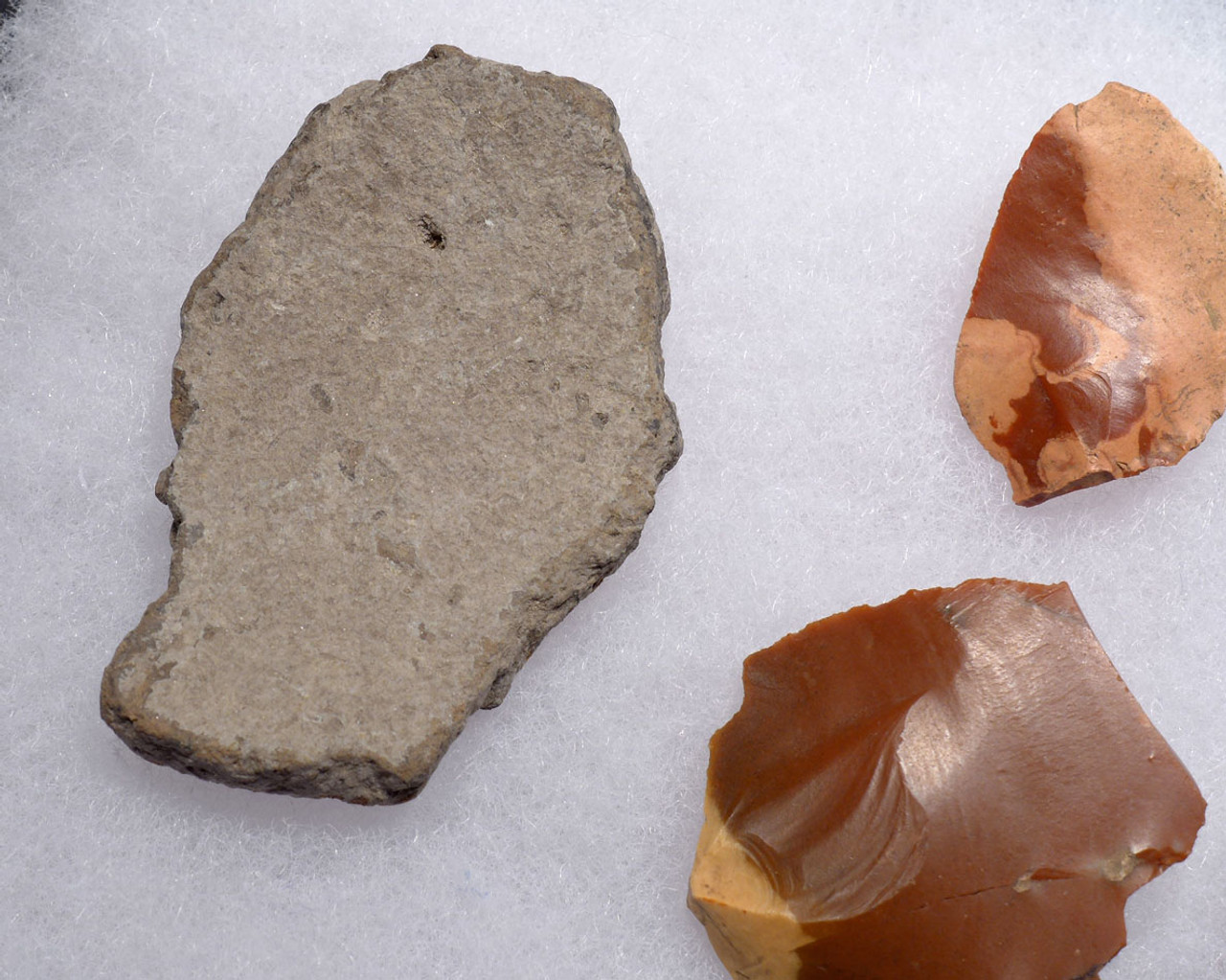 RARE HUNGARIAN NEOLITHIC FLAKE TOOL SET OF RED RADIOLARITE FROM EUROPE'S FIRST FARMERS  *N190