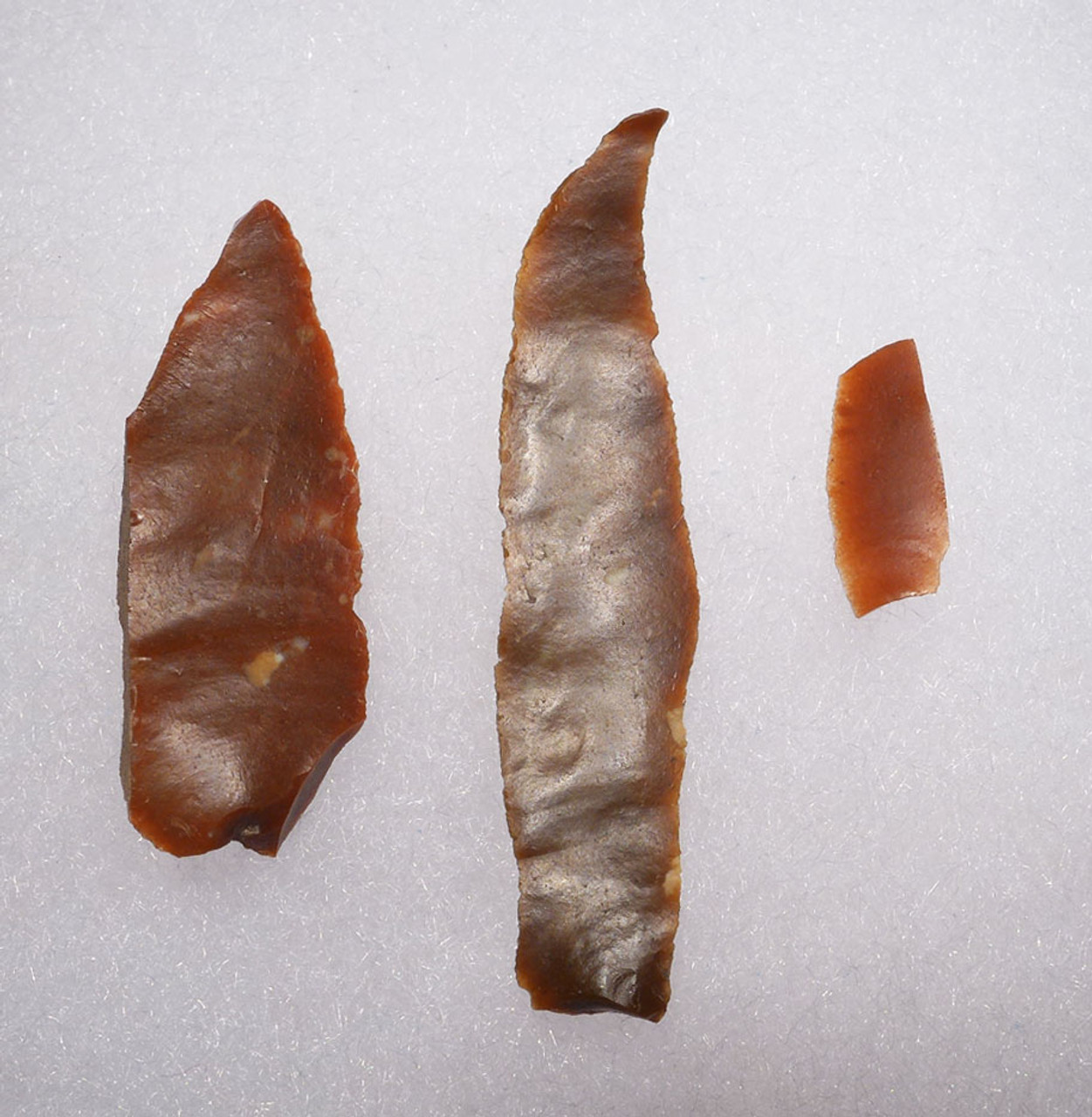 RARE RED RADIOLARITE NEOLITHIC MICROBLADE FLAKE TOOL SET FROM HUNGARY  *N191