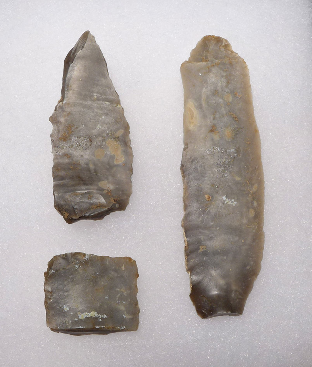 FOUR EUROPEAN NEOLITHIC OMALIEN CULTURE FLINT TOOLS AND TOOL CORE  *N187