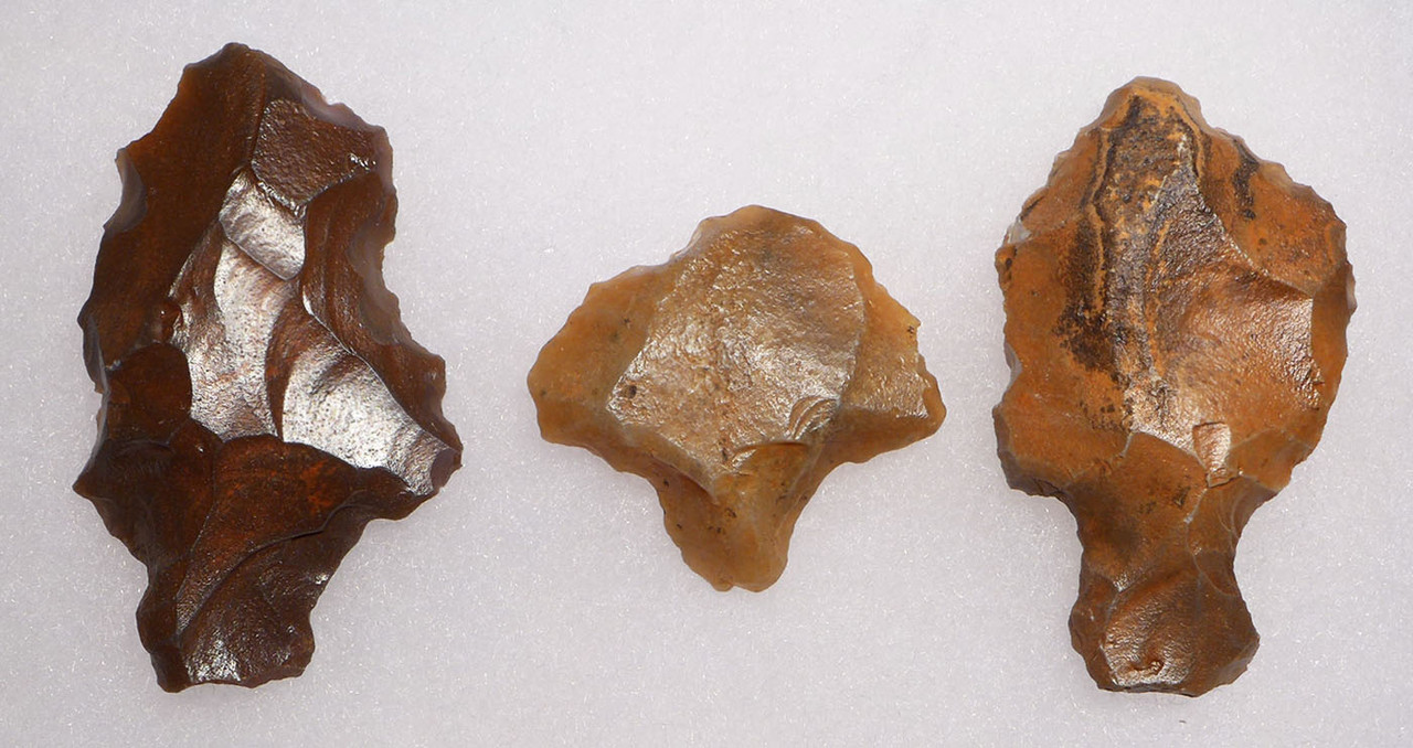 THREE ATERIAN TANGED POINTS - OLDEST PREHISTORIC ARROWHEAD FROM MIDDLE PALEOLITHIC AFRICA  *AT094
