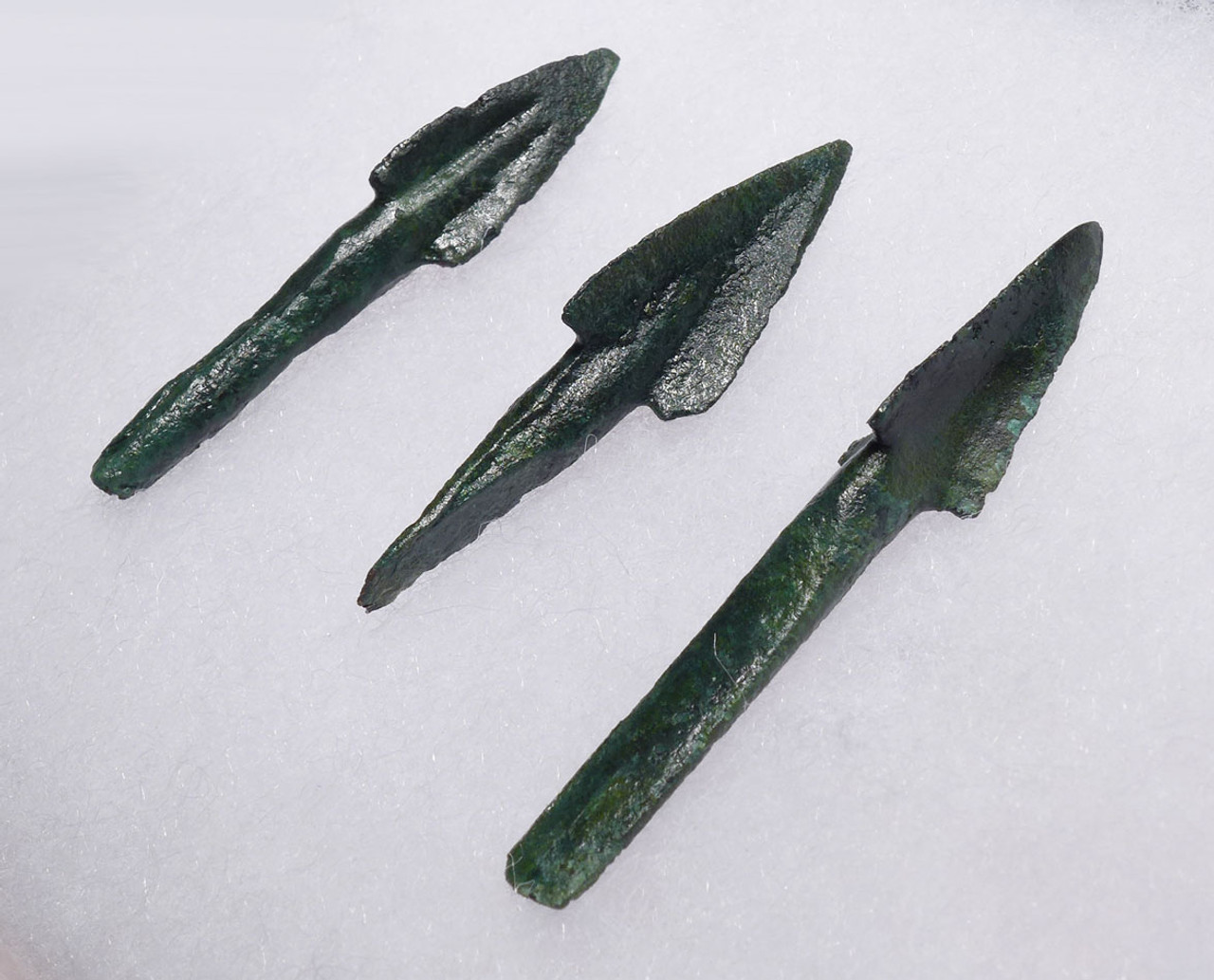 THREE RARE ANCIENT GREEK MACEDONIA BRONZE ARROWHEAD WITH ARMOR-PIERCING TRILOBATE HEADS *NE198