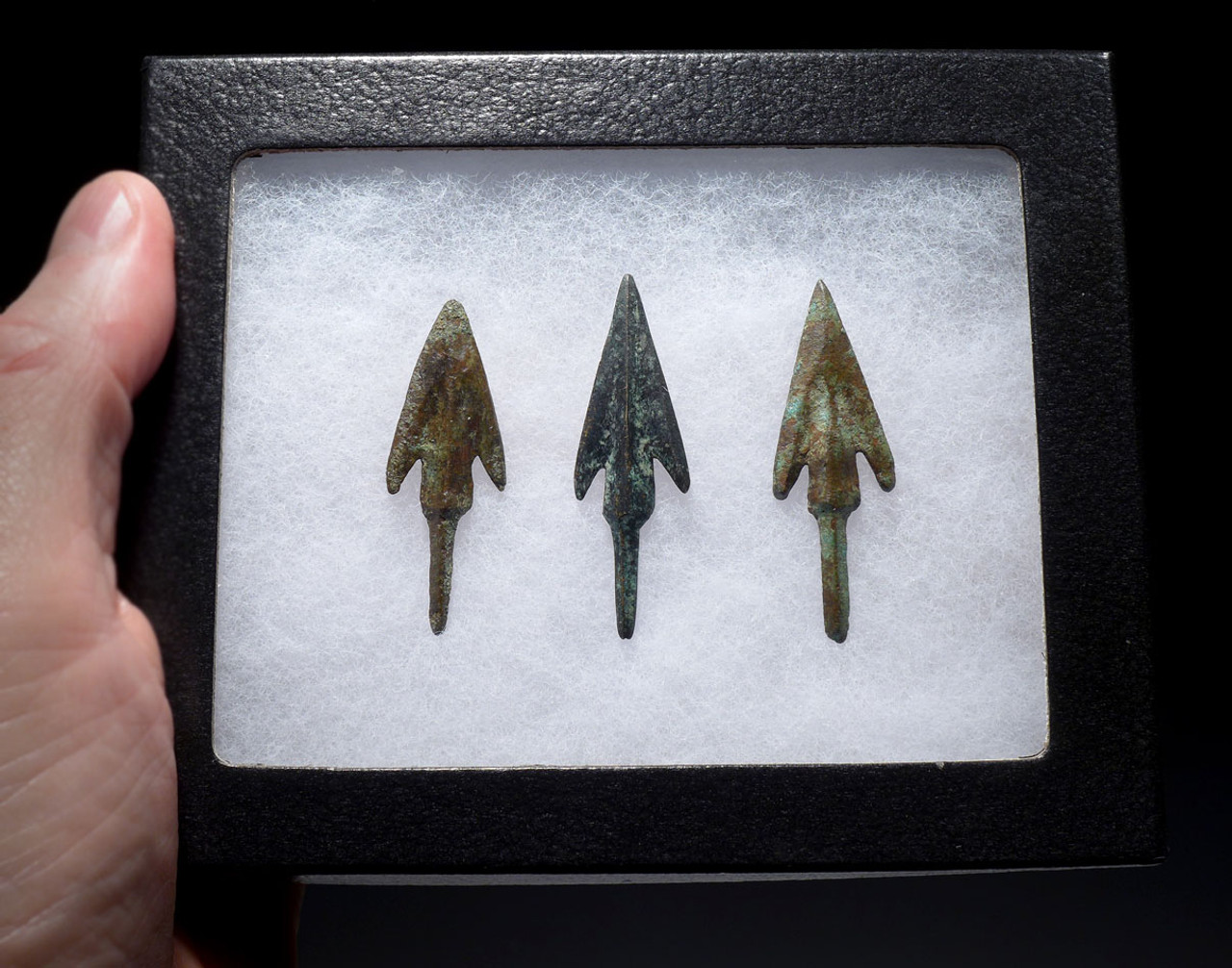 THREE LURISTAN BARBED ANCIENT BRONZE ARROWHEADS FROM THE NEAR EAST WITH EVIDENCE OF HAFTING  *NE214