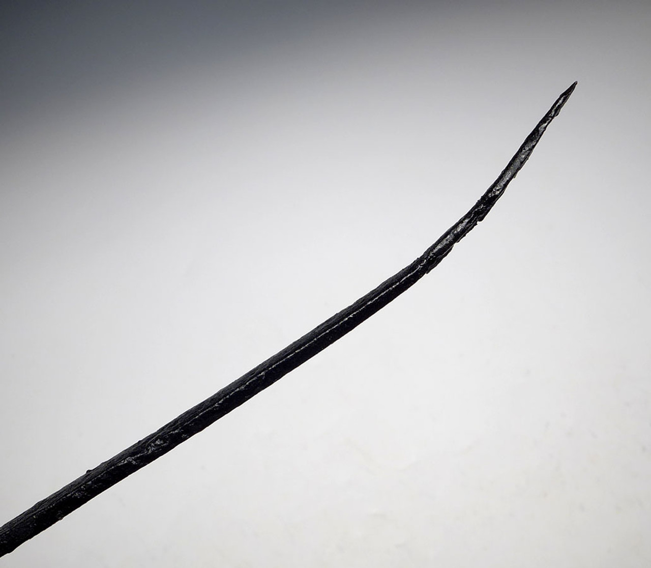 LARGE BATTLE DAMAGED ANCIENT ACHAEMENID IRON KNIFE FROM THE FIRST PERSIAN EMPIRE  *R271