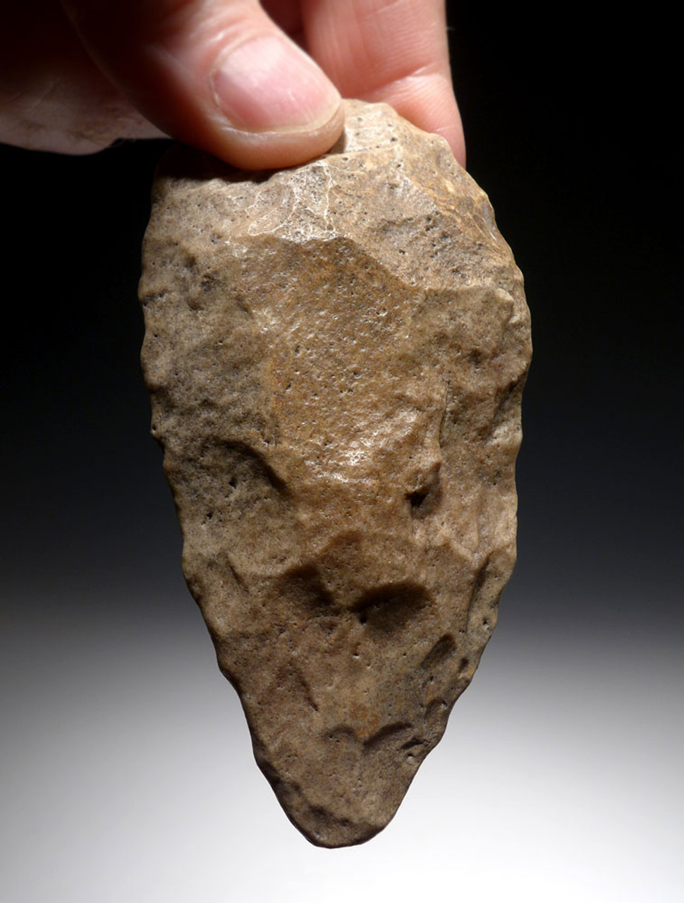 EXCELLENT MOUSTERIAN MIDDLE PALEOLITHIC HAND AXE FROM AFRICA WITH SUPERB WORKMANSHIP  *M419