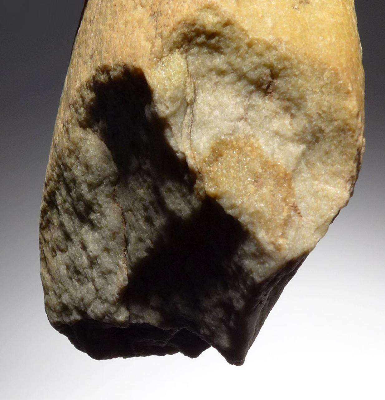 CLASSIC HOMO ERECTUS OLDOWAN PEBBLE CHOPPER AXE FROM REGION OF EARLIEST HUMANS IN EUROPE  *PB150