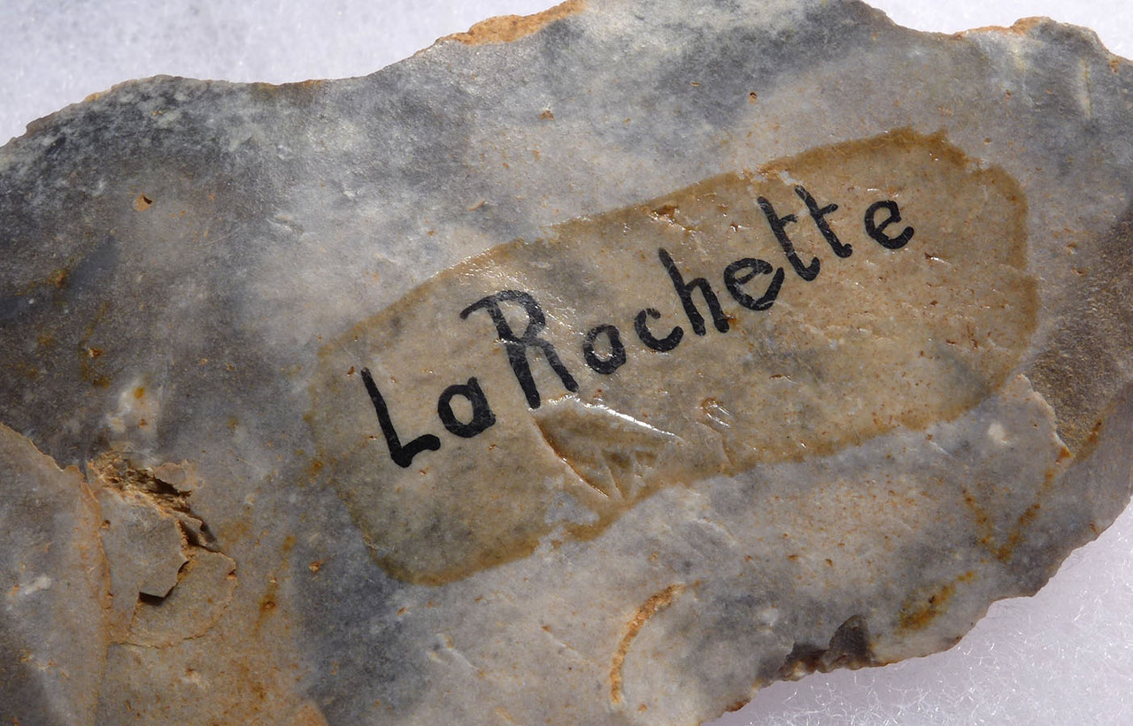 SPECTACULAR LARGE CRO-MAGNON UPPER PALEOLITHIC AURIGNACIAN SIDE SRAPER TOOL FROM FAMOUS LA ROCHETTE SITE FRANCE  *UP035