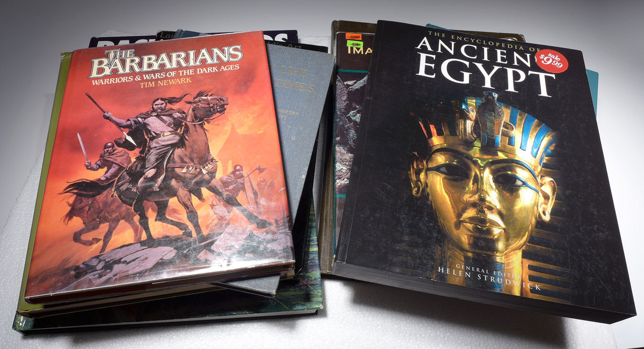 NINE USED BOOKS ON ANCIENT HISTORY INCLUDING ANCIENT WARRIORS AND EGYPT  *BK5