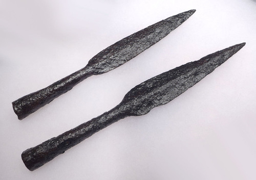 TWO WELL-PRESERVED BYZANTINE ROMAN CAVALRY IRON THROWING JAVELIN SPEARHEADS *BYZR017