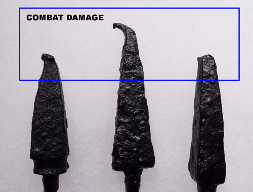 BATTLE DAMAGE ANCIENT ROMAN ARROWHEADS