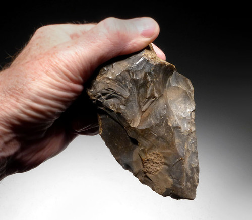 LARGE MUSEUM-CLASS NEANDERTHAL MOUSTERIAN FLINT HAND AXE OF INGENIOUS DESIGN FROM FAMOUS REGION IN FRANCE *M381