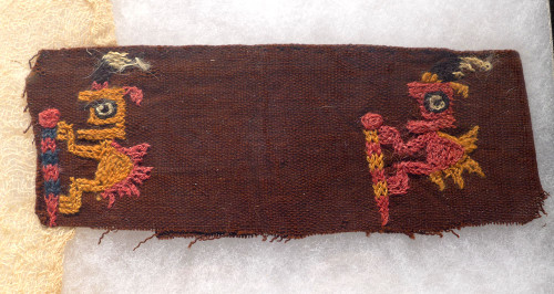 RARE PRE-COLUMBIAN TEXTILE GARMENT WITH ALIEN CREATURES *PCT015