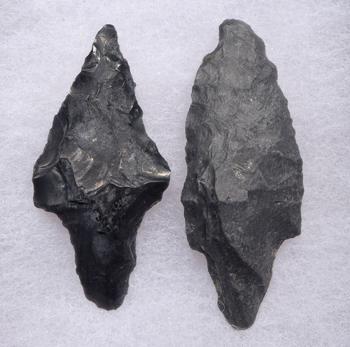 TWO RARE PRE-COLUMBIAN GRAY CHERT ATLATL SPEARHEADS FROM THE HEFLIN COLLECTION *PC243