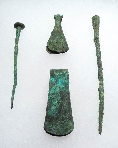 PRE-COLUMBIAN BRONZE HAIR CLIPS AND PINS FROM THE ANCIENT MOCHE CULTURE *PC043