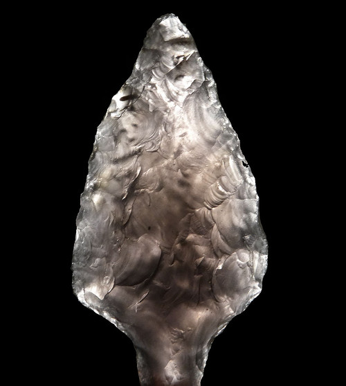 EXPERTLY MADE PRE-COLUMBIAN OBSIDIAN ATLATL PROJECTILE POINT  *PC312