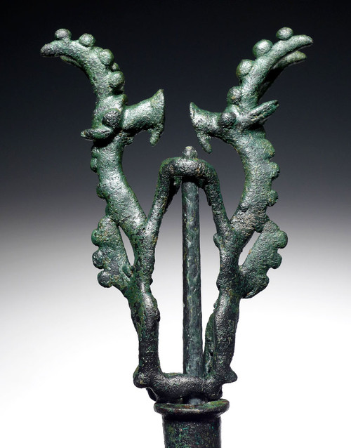 ANCIENT ART BRONZE TWIN DANCING IBEX FINIAL STANDARD FROM NEAR EASTERN LURISTAN  *LUR192