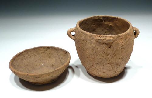 MUSEUM CLASS RARE EUROPEAN BRONZE AGE CERAMIC URN VESSEL WITH DISH LID FROM THE URNFIELD LUSATIAN CULTURE  *UP007