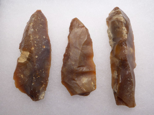 THREE FLINT AFRICAN CAPSIAN NEOLITHIC FLAKE KNIVES AND SCRAPERS  *CAP273