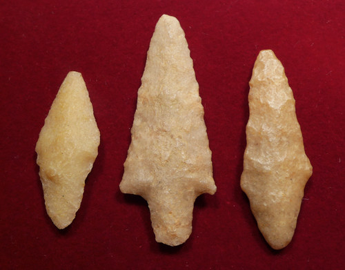 THREE RARE QUARTZITE TENERIAN AFRICAN NEOLITHIC ARROWHEADS FROM THE PEOPLE OF THE GREEN SAHARA  *CAP306